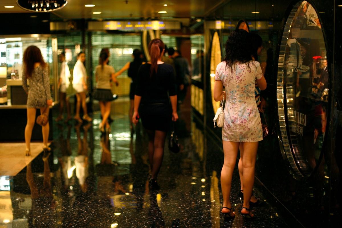 В Китае кредитные финтех-организации требуют интимные селфи в качестве залога