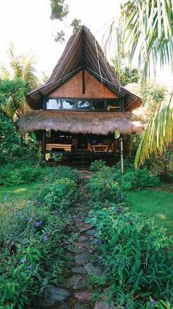 Good Karma in Amed Bali. A bungallow on the beach, sea-seaside, all in wood and bamboo.