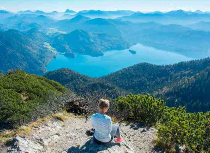 Breathtaking view in the Bavarian Alps: Hike to Herzogstand belongs to the Top 10 hiking trails in Bavaria