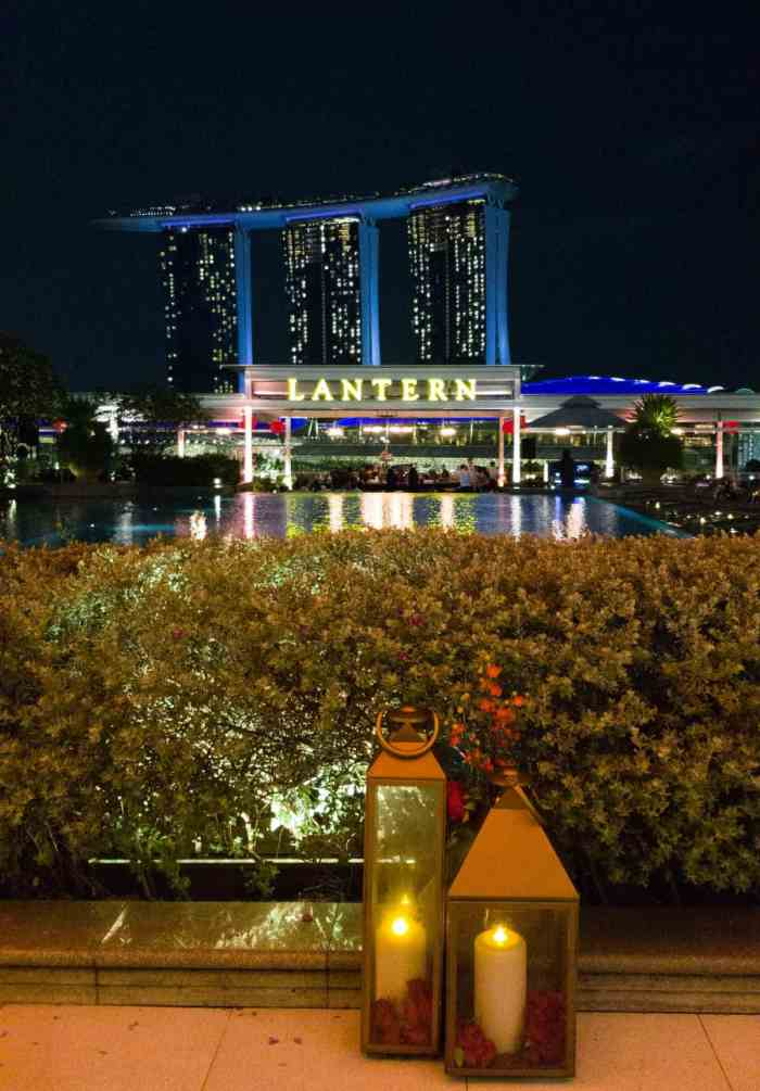 Alternative to Marina Bay Sand's rooftop bar: Lantern bar