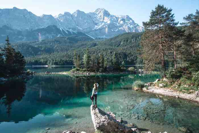Famous rock lake Eibsee