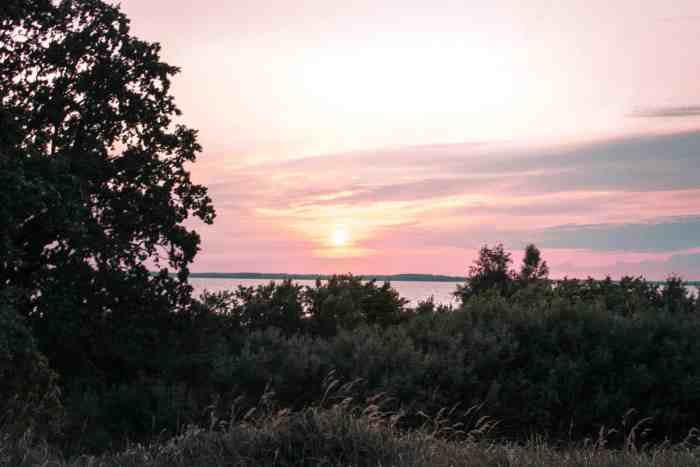 "Best sunrise and sunset spots of Usedom: sunset at viewpoint ""Loddiner Höft"" at Achtwasser"