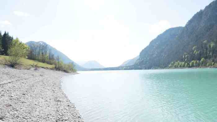 Best lakes in Munich and around: Sylvenstein Dam