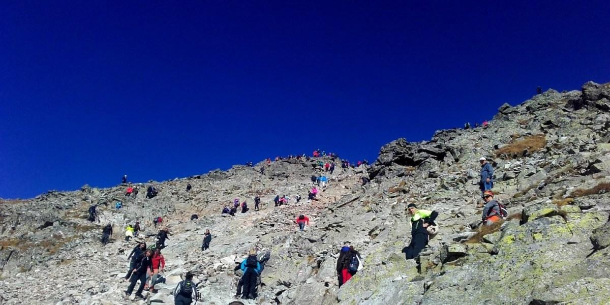 Rysy - najwyższy szczyt Polski - ile metrów, tyle osób