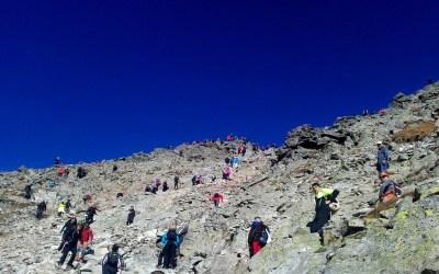 Rysy – najwyższy szczyt Polski – ile metrów, tyle osób