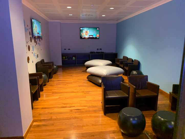 Priority Pass Lounge Malpensa Airport Terminal 1 Sala Montale Children Room