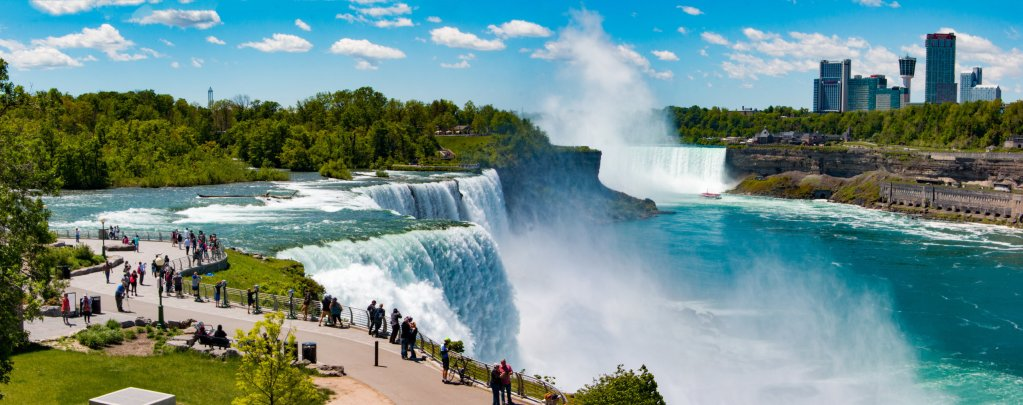 Easy Canada Road Trip From Niagara Falls To Quebec In 6