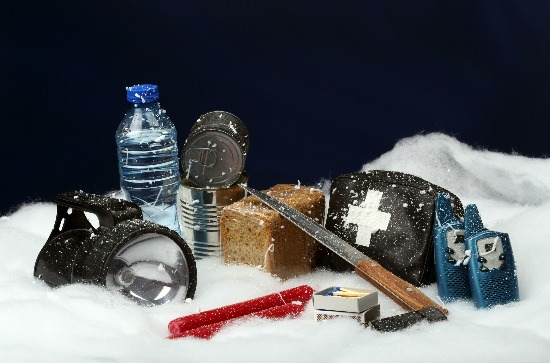 The Fall & Winter Prepper Checklist: 9 Things To Get Your Home Prepped for Disasters