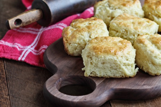 Flaky Buttermilk Biscuits … Just Like Momma Used To Make