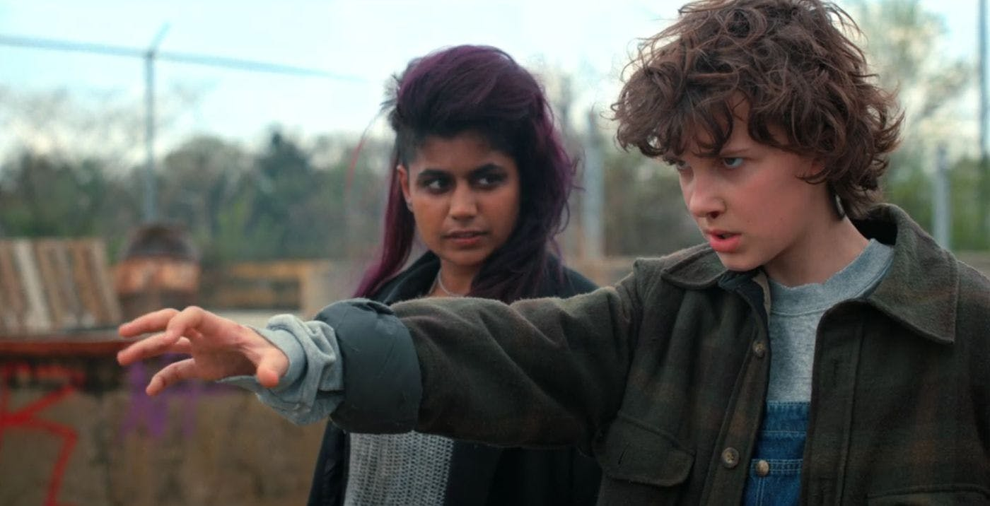Stranger Things 2 Kali and Eleven