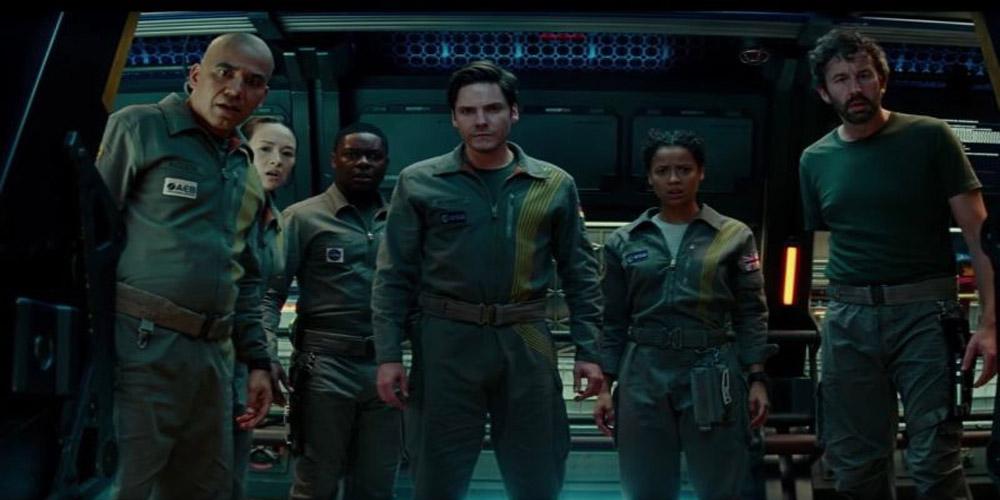 The Cloverfield Paradox- Movie Review