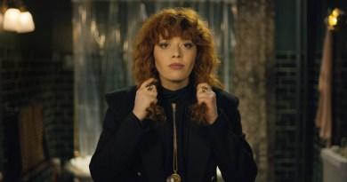 Russian Doll Netflix Season 1 Review
