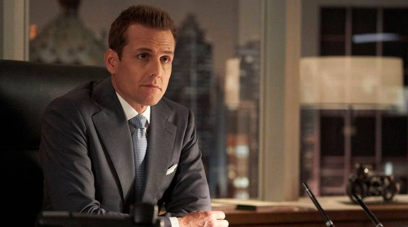 Suits Season 8 Episode 16 - Harvey - things are heating up