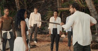 "The I-Land (Netflix) Season 1, Episode 3 recap: ""The Insubstantial Pageant"""