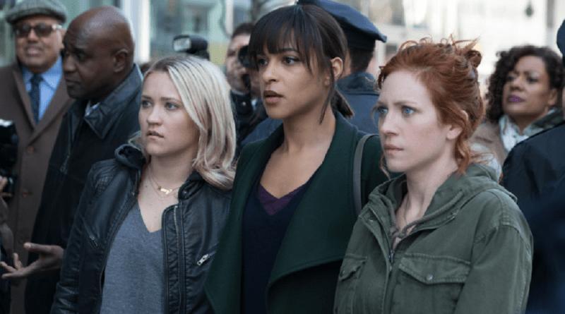 """Almost Family (Fox) Season 1, Episode 1 recap: """"Pilot""""   RSC"""