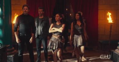 "Pandora (The CW) Season 1, Episode 13 recap: ""Simple Twist of Fate"""