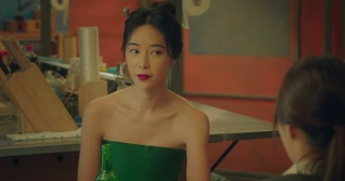 Netflix K-Drama series Mystic Pop-Up Bar episode 1