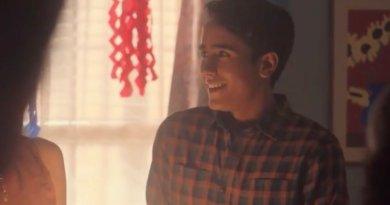 Hulu series Love, Victor season 1, episode 5 - Sweet Sixteen