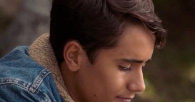 Hulu series Love, Victor season 1, episode 9 - Who the Hell is B?