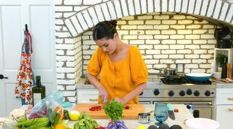 "Selena + Chef episode 2 recap - ""Selena + Antonia Lofaso"""