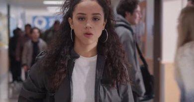 Netflix series Trinkets season 2, episode 9 - Aren't You Gonna Say Something