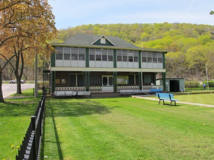 img 0792 - Have you ever tried lawn bowling?