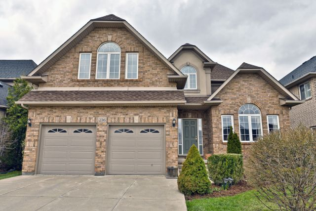 01 - Sold on Kitty Murray Lane, Ancaster