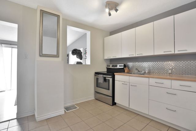 08 1 - Recently Sold in East Hamilton
