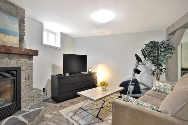22 1 - Recently Sold in Brantford
