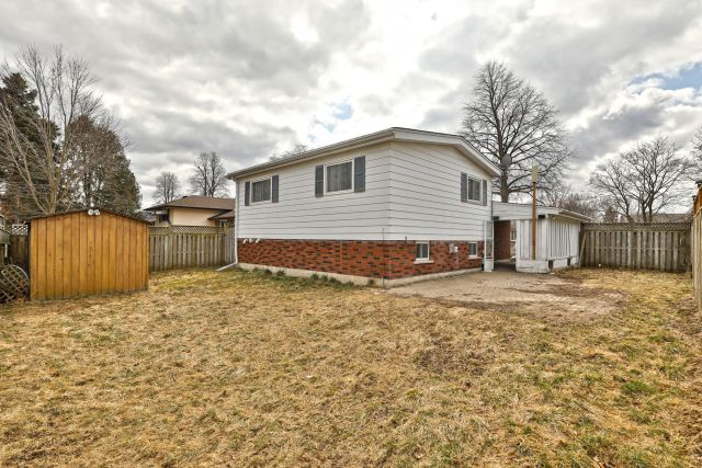 29 1 1024x683 - Recently Sold in Brantford