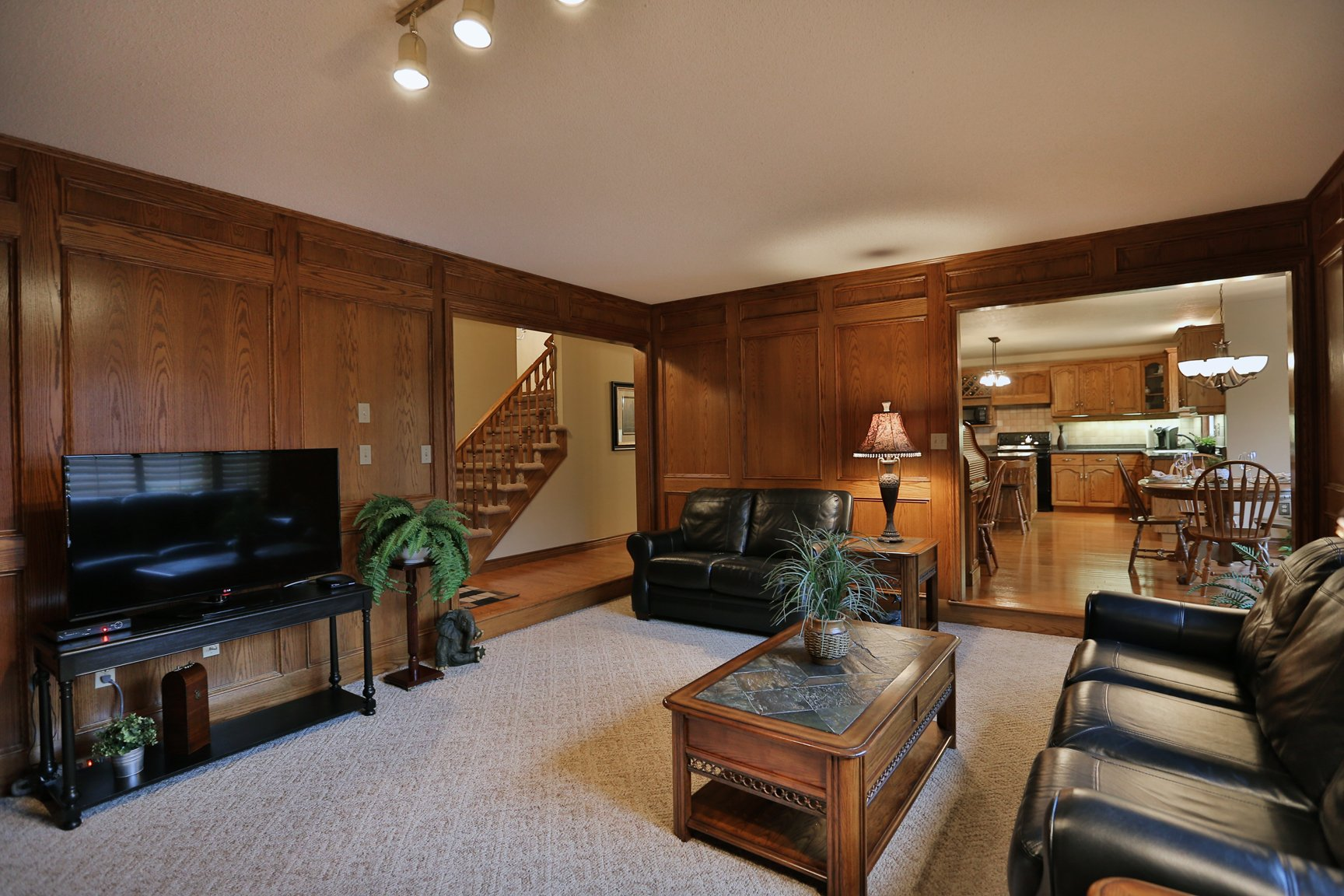 85 Galley familyroom2 - Recently SOLD in Ancaster