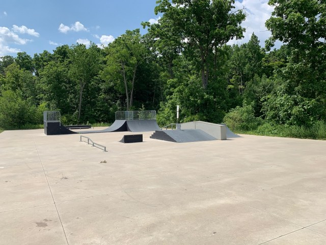 Binbrook Glanbrook Serdox Skatepark - Exploring Glanbrook ~ One Neighbourhood at a time ~ Binbrook