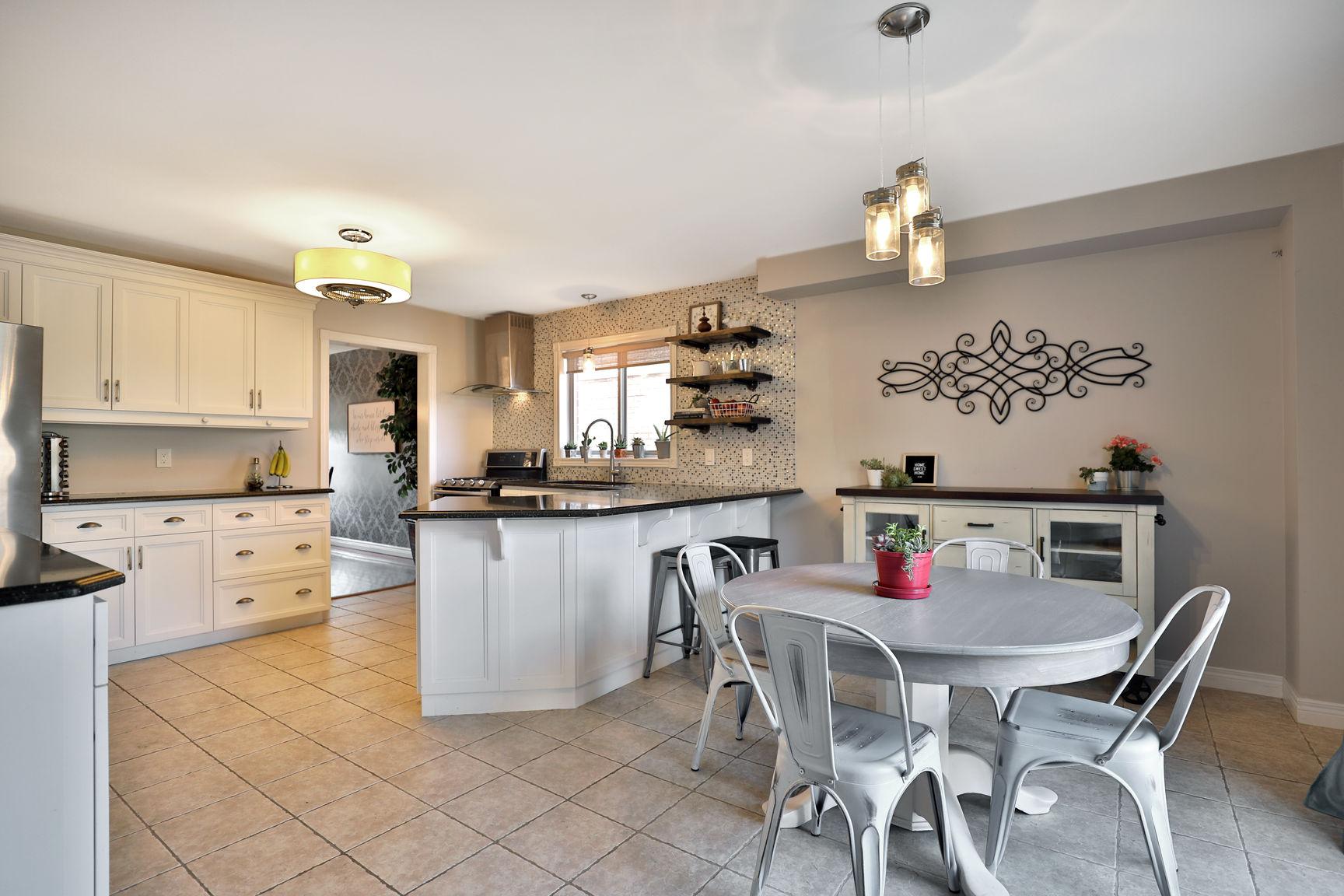 Glanbrook Binbrook 26 Switzer kitchen eat in 2 - Recently SOLD in Binbrook