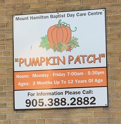 Hamilton Inch Park Pumpkin Patch sign - Exploring Hamilton's Central Mountain ~ One Neighbourhood at a Time ~ The Inch Park Neighbourhood