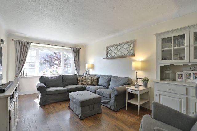 hamilton 258 east 18th living room 3 1024x683 - Recently SOLD Central Hamilton Mountain
