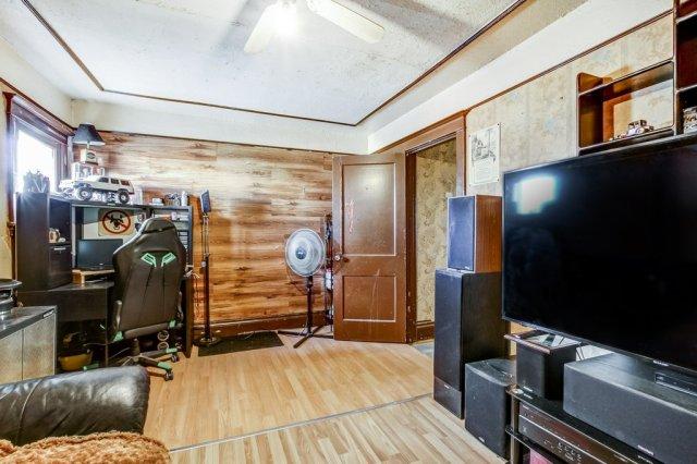 20 Primrose Hamilton Ontario bedroom2b - Recently SOLD in Crown Point, Hamilton