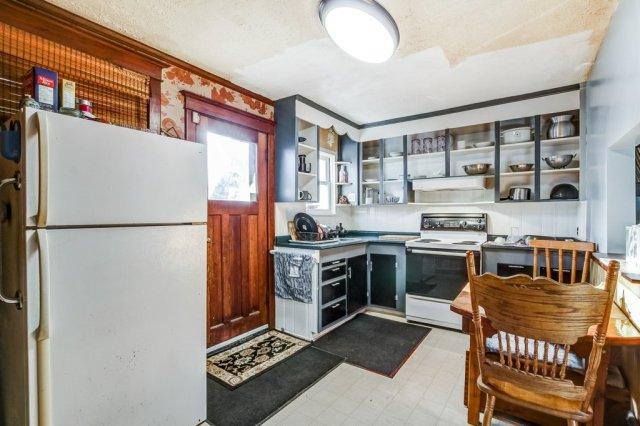 20 Primrose Hamilton Ontario kitchen - Recently SOLD in Crown Point, Hamilton
