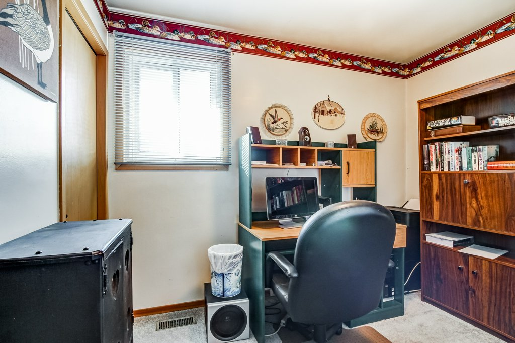 86 Eastbury Stoney Creek bedroom3 - Recently SOLD in Stoney Creek
