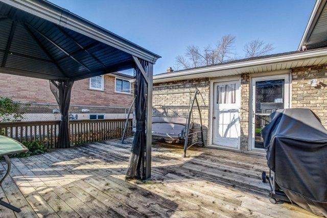 86 Eastbury Stoney Creek deck gazebo - Recently SOLD in Stoney Creek