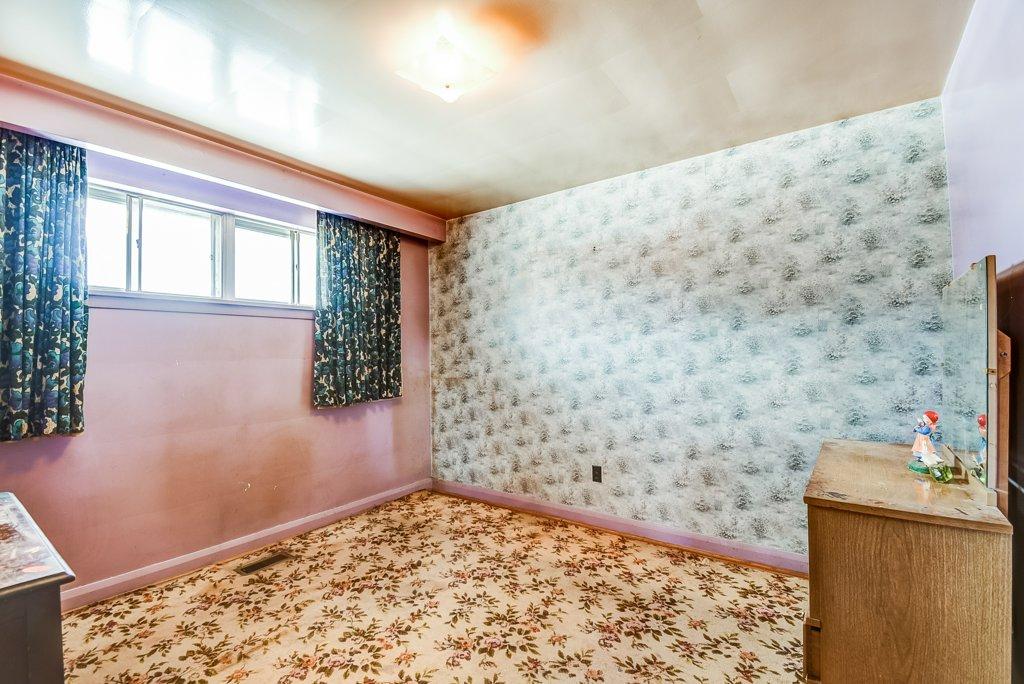 1372 Wren Oakville bedroom2a 2 - Recently SOLD in Oakville