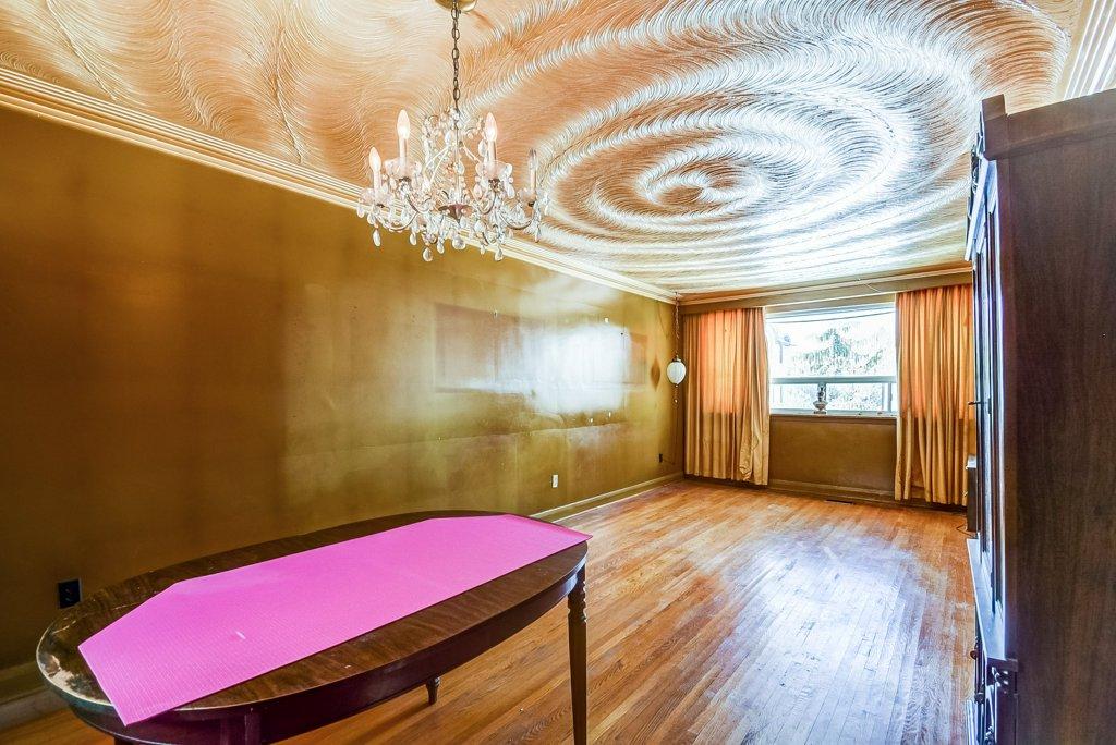 1372 Wren Oakville dining living rooms 2 - Recently SOLD in Oakville