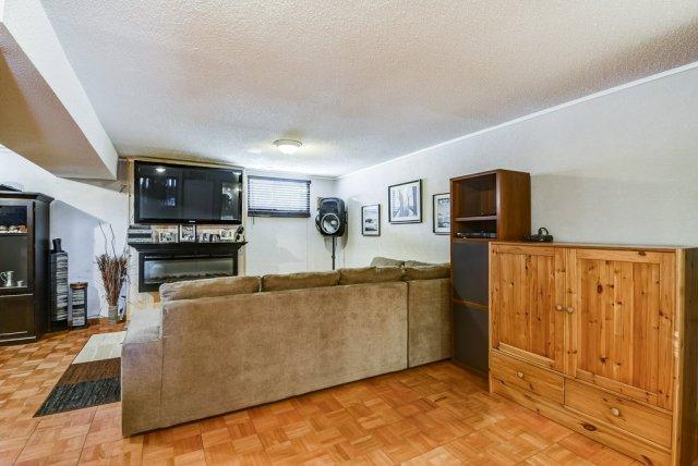 106 Garden familyroom 3 - Recently SOLD on the Central Hamilton Mountain