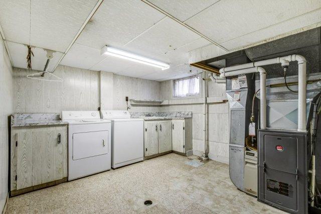 031 136 Auburn Hamilton basement5 - Recently SOLD - East Hamilton