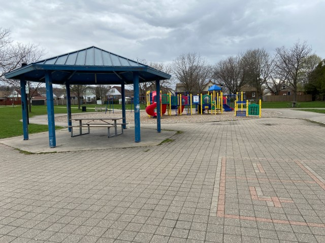 Montgomery Park Hamilton6 1024x768 - Recently SOLD - East Hamilton