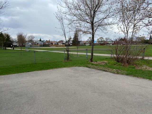 Montgomery Park Hamilton7 1024x768 - Recently SOLD - East Hamilton