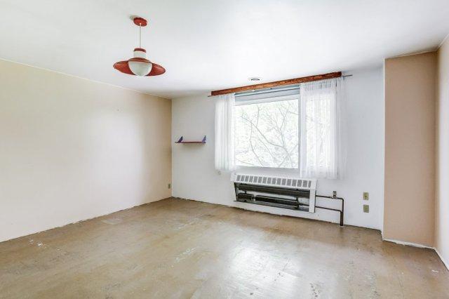 008 3310 Ferris Mount Hope bedroom2 - Recently SOLD in Mount Hope