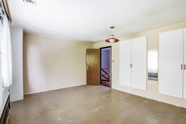 009 3310 Ferris Mount Hope bedroom2b - Recently SOLD in Mount Hope