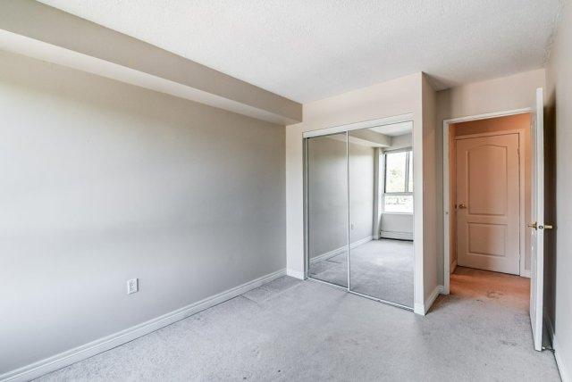 021 10 John Dundas bedroom4 1 - Recently SOLD in Dundas
