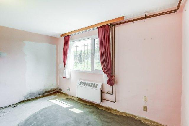 024 3310 Ferris Mount Hope bedroom3 - Recently SOLD in Mount Hope