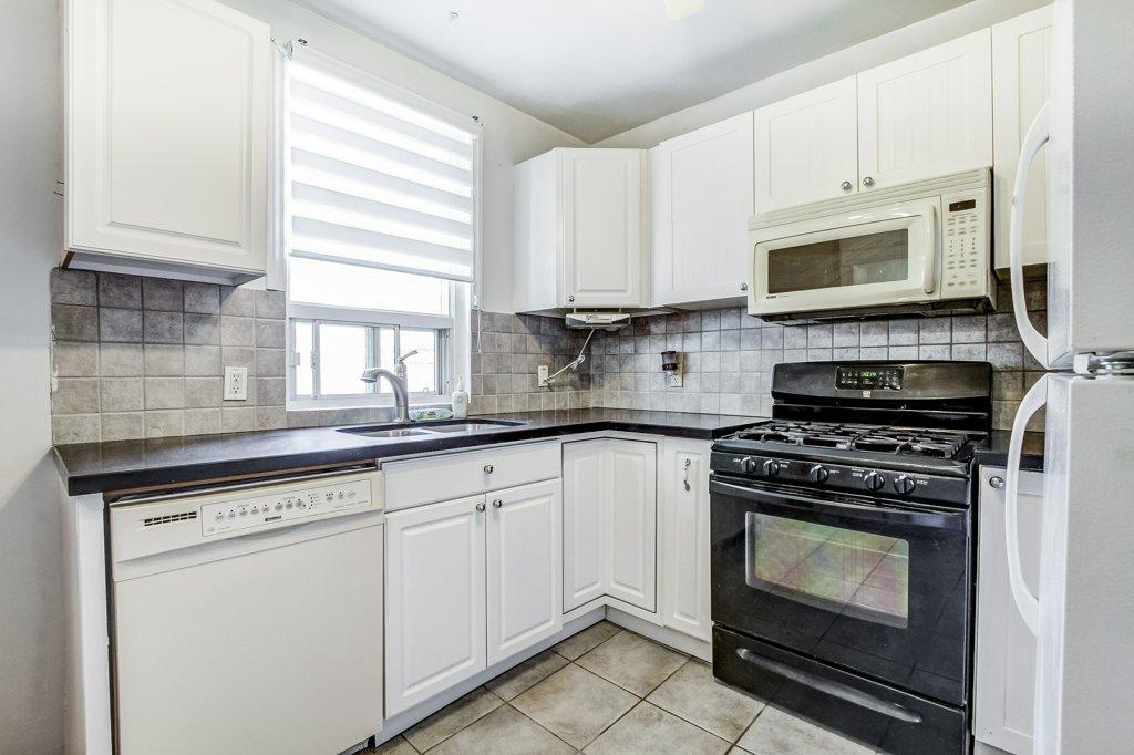 018 34 Dalhouse Hamilton kitchen 3 - Recently SOLD in Hamilton's Crown Point North Neighbourhood